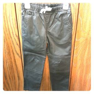 Green Casual Boys Pants Size 6
